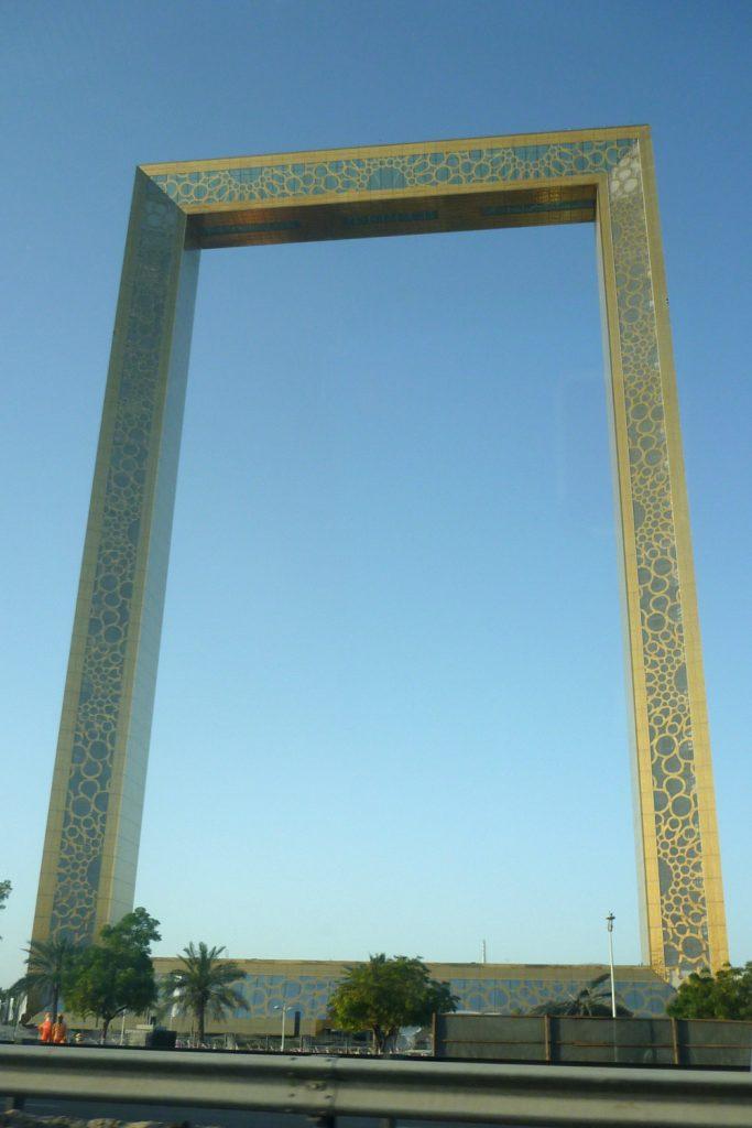 """Der größte Bilderrahmen der Welt, der """"Dubai Frame"""""""